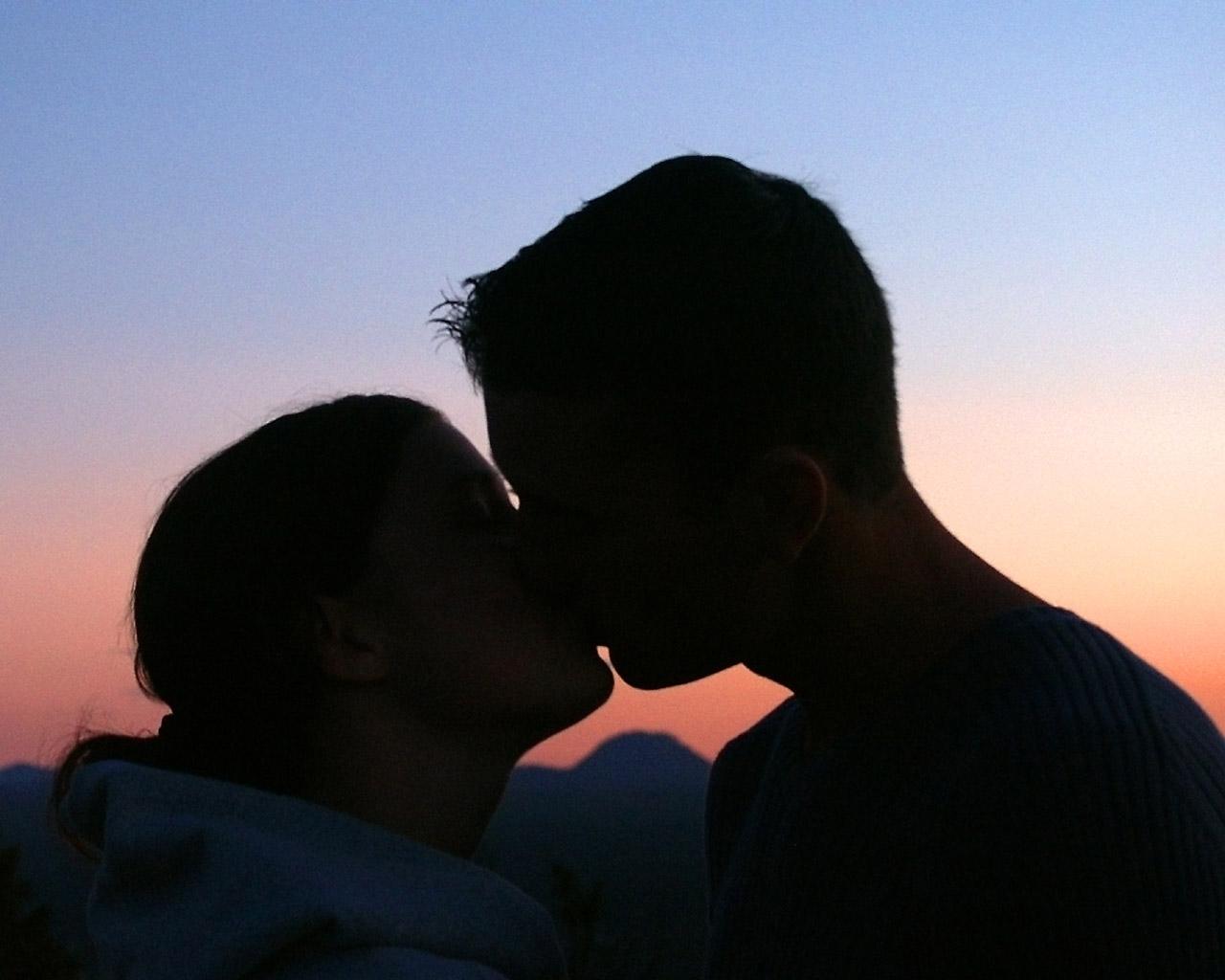 Парень и девушка фото на аву ночь